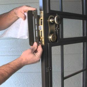 hat are the steps to change the lock on a Whitco security door